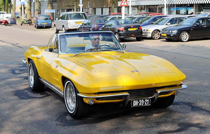 Chevrolet Corvette Sting Ray 1964 года
