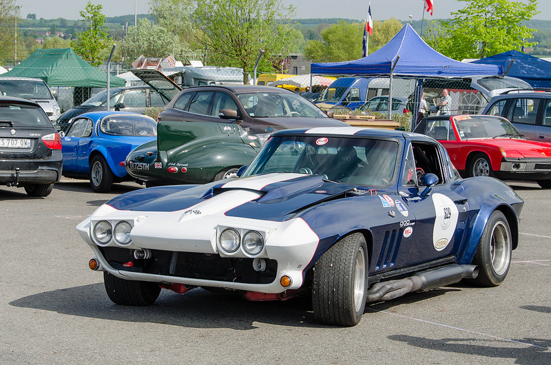 Chevrolet Corvette Sting Ray С2