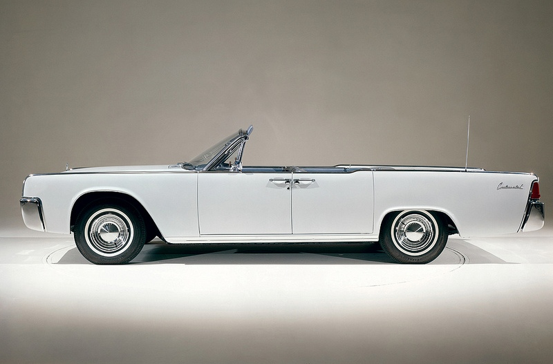 Lincoln Continental 1962 года