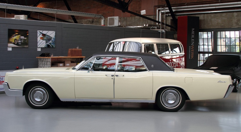 Lincoln Continental 1967 года