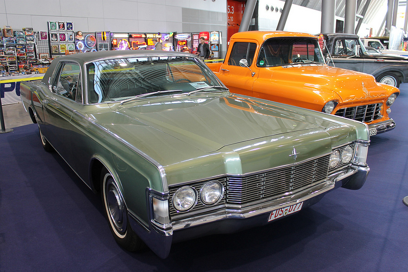 Lincoln Continental 1968 года