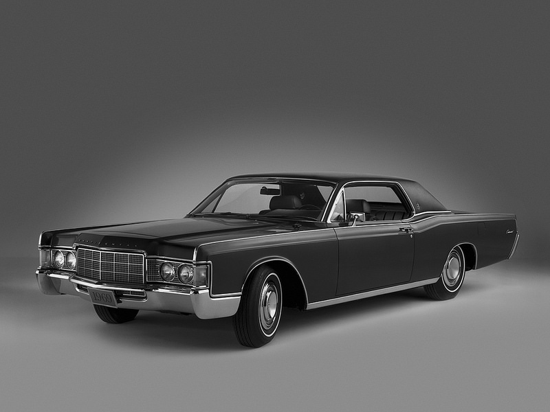 Lincoln Continental 1969 года