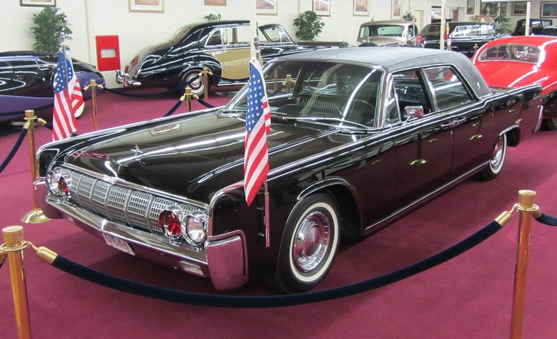 Lincoln Continental SS X100